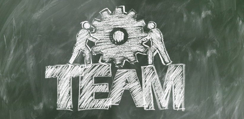 HOW TO KEEP THE TEAM ENGAGED